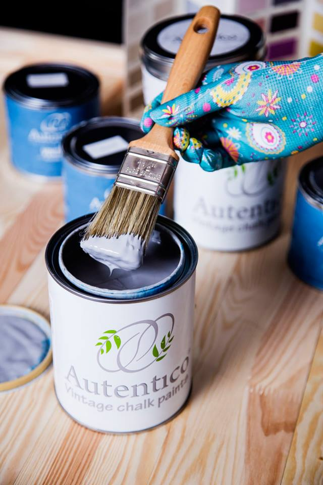 Farba kredowa do malowania mebli Autentico