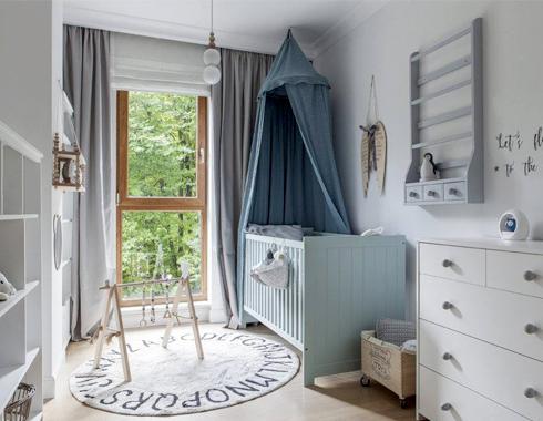 Farbą kredowe Autentico można bezpiecznie malować meble w pokoju dziecięcym